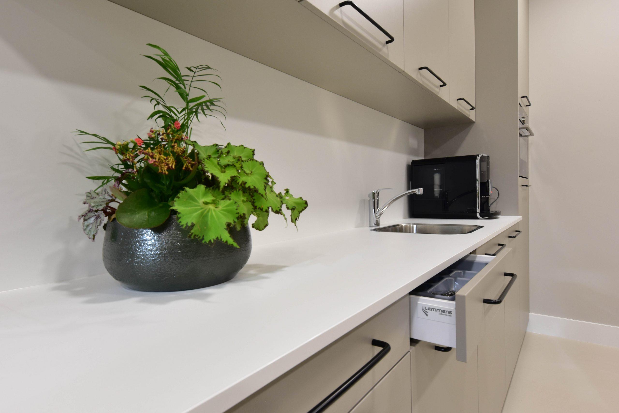 Bedrijfs keuken - Lemmens interieurs